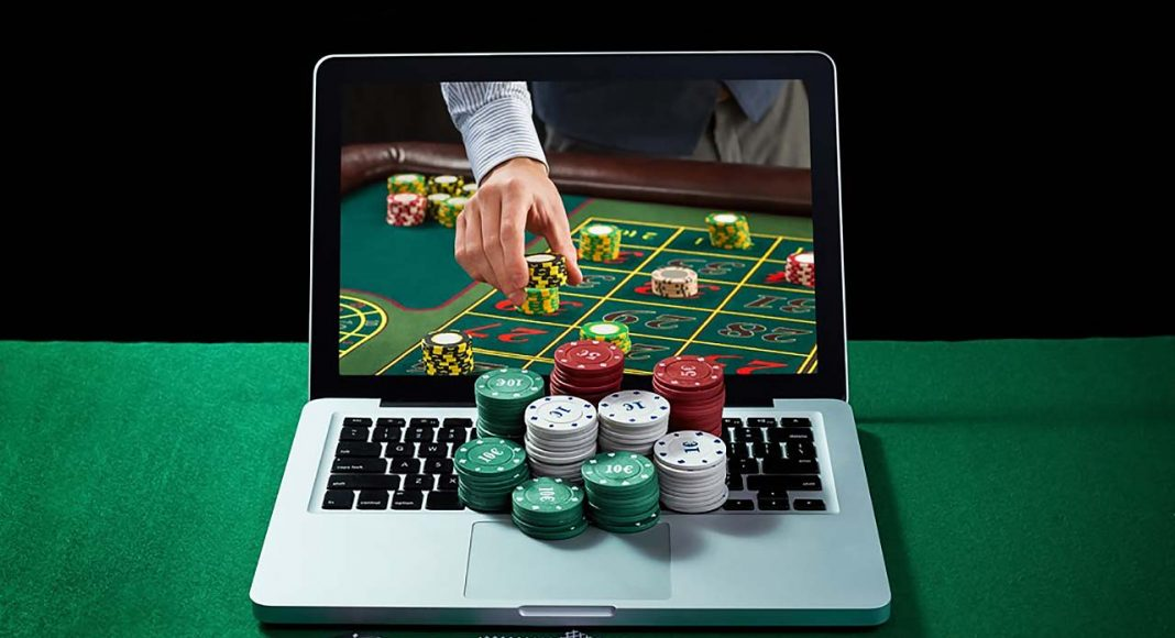 Tips to Consider by a Newbie While Online Gambling